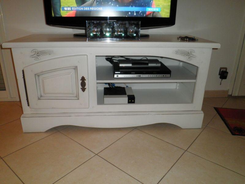 meuble tl en chne blanc patin gris - Meuble Tv Blanc Patine